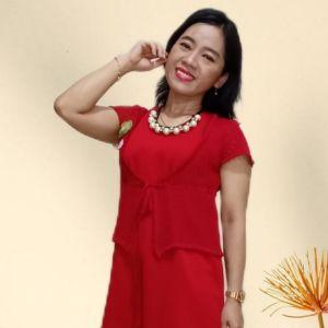 Desy Ching 黃秀青