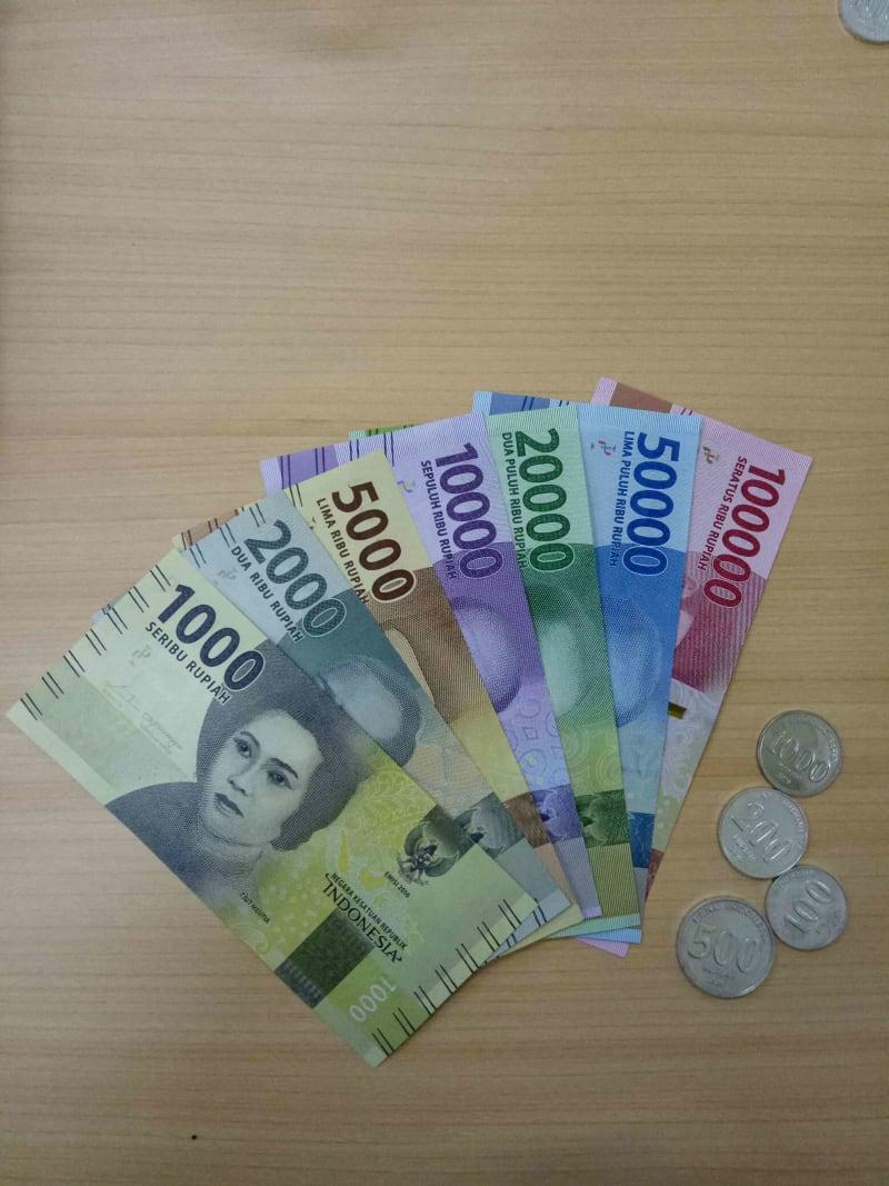 Uang Baru Jelang Tahun Baru