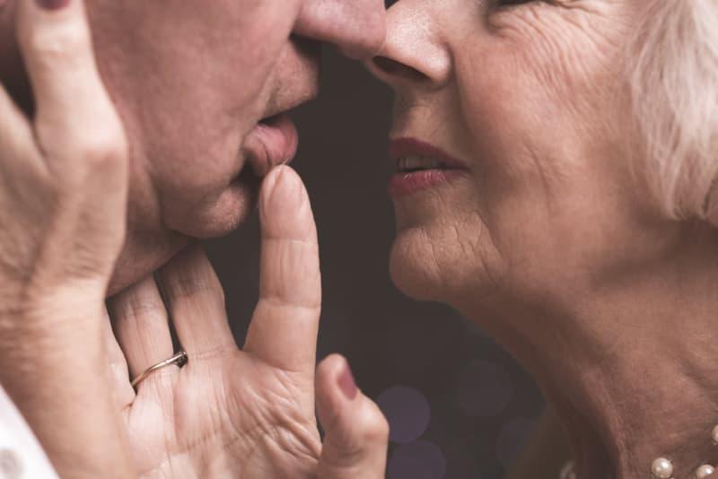 inilah 5 cara agar hubungan seks tetap bergairah meski sudah usia