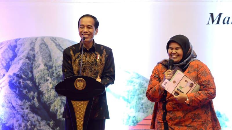 Jokowi Bagikan Sertifikat Tanah di Malang