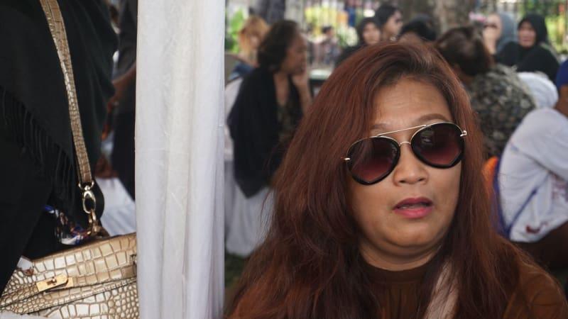 Bonita Angelia istri dari Yon Koeswoyo