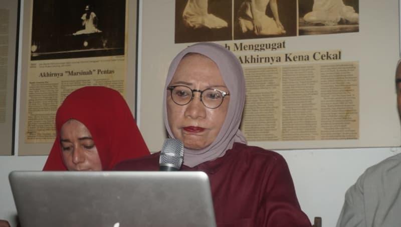 Konferensi Pers, Ratna Sarumpaet