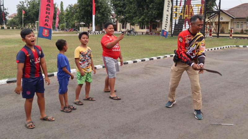 Keakraban Papi Eko, Surabaya