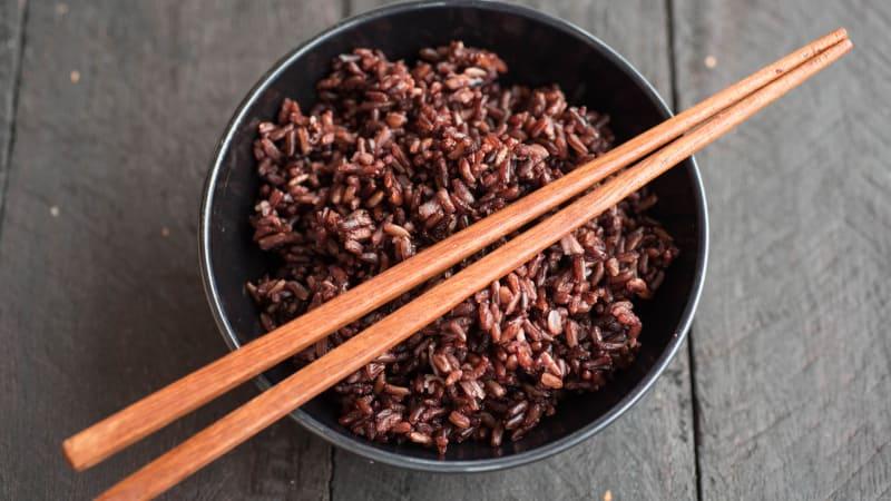 Nasi merah (COV)