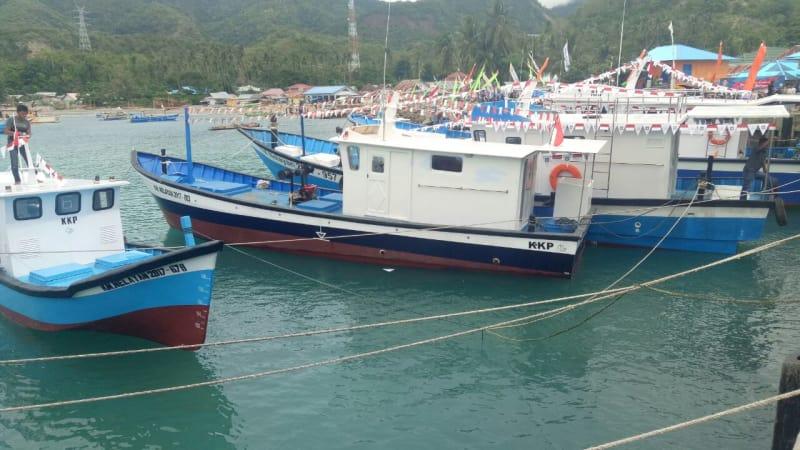 Bantuan kapal dari KKP untuk Nelayan Gorontalo