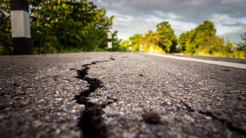 Hasil gambar untuk ilustrasi gempa bumi