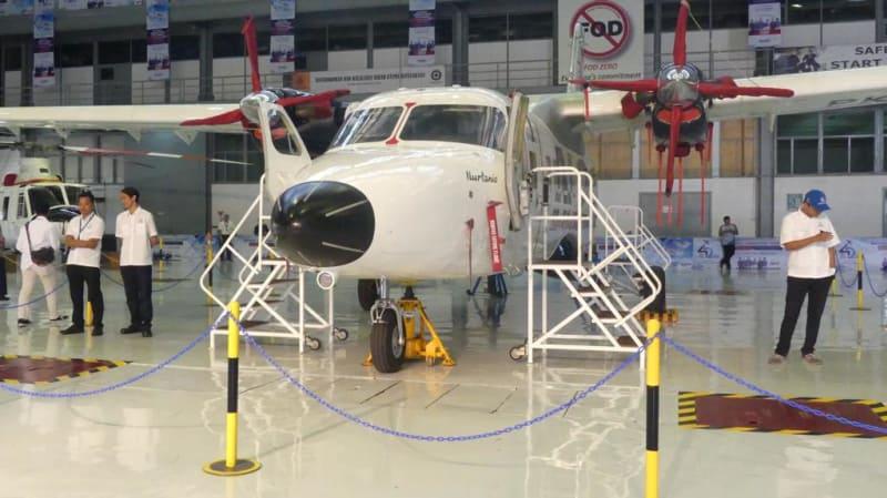 Ragam jenis pesawat milik PT Dirgantara Indonesia di Hanggar Rotary Wing, Kawasan Produksi II PTDI, Bandung