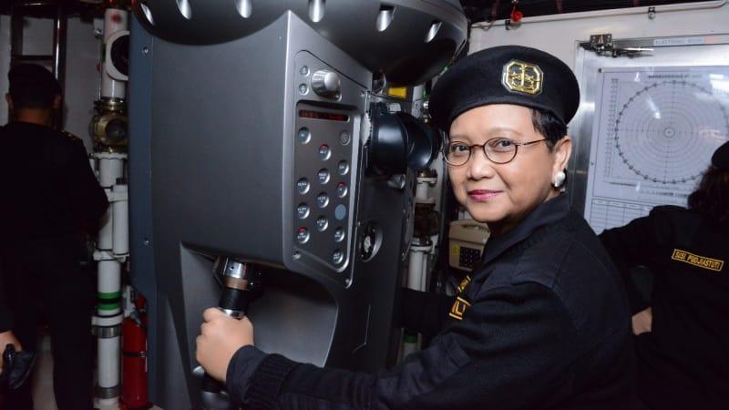 Menlu Retno dianugerahi Brevet Kehormatan TNI AL