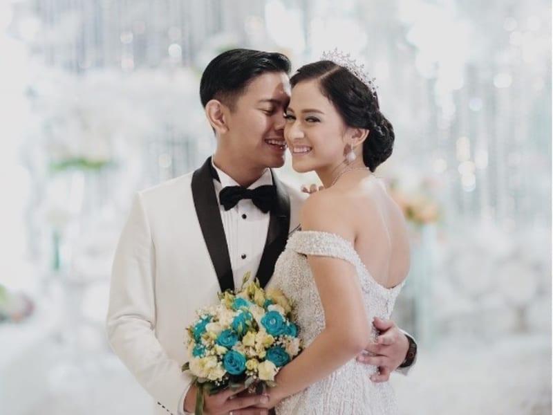 Pernikahan Nina Zatulini dengan Chandra Tauphan