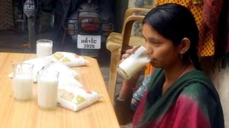 Wanita India tidak Pernah Makan