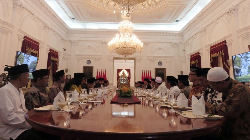 Jokowi bertemu 40 ulama di istana.