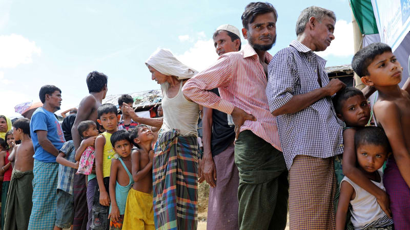 Cross-border, Baznas Send Health Cars for Rohingya Refugees in Bangladesh