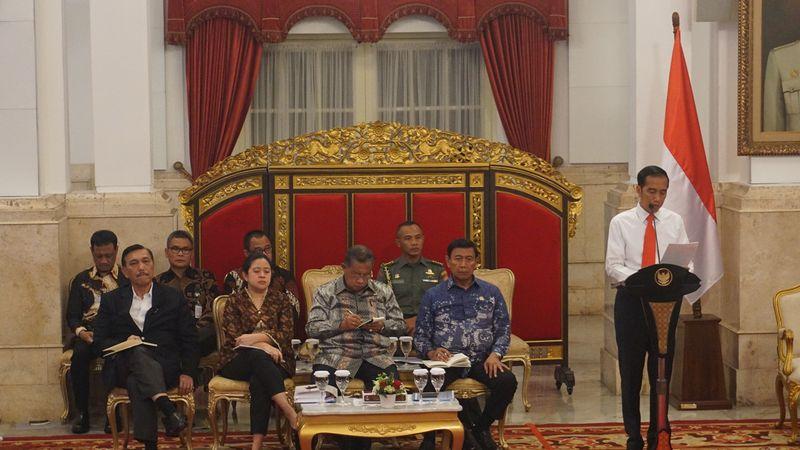 Jokowi dan JK di Sidang Kabinet Paripurna