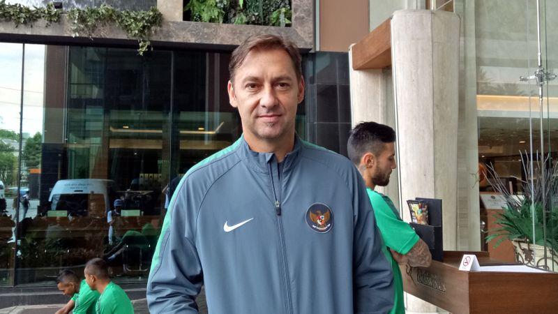 Wolfgang Pikal, Asisten Pelatih Timnas