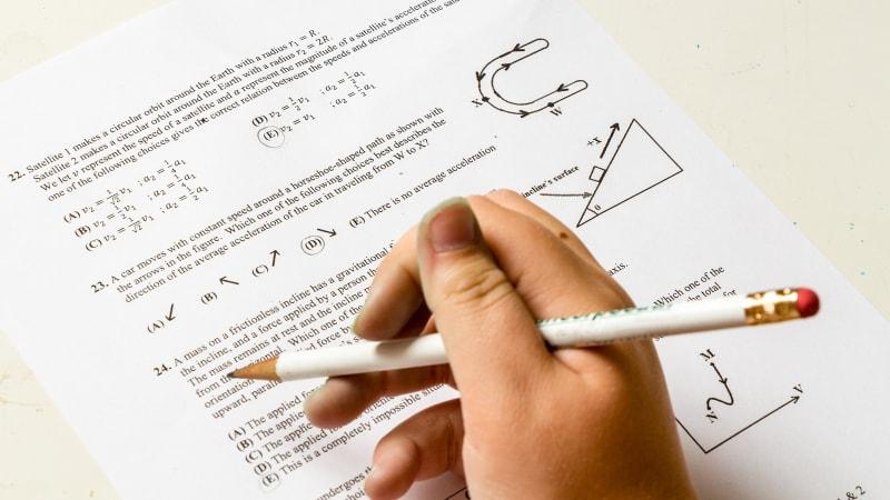 Ilustrasi ujian matematika