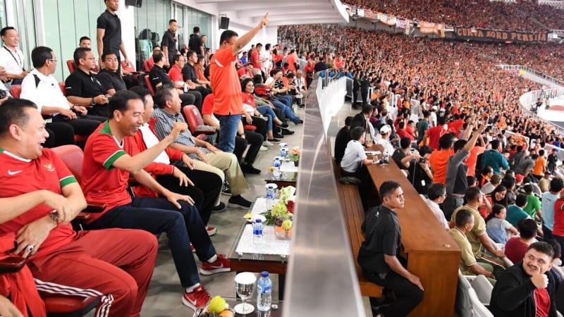 Jokowi dan Anies di Piala Presiden