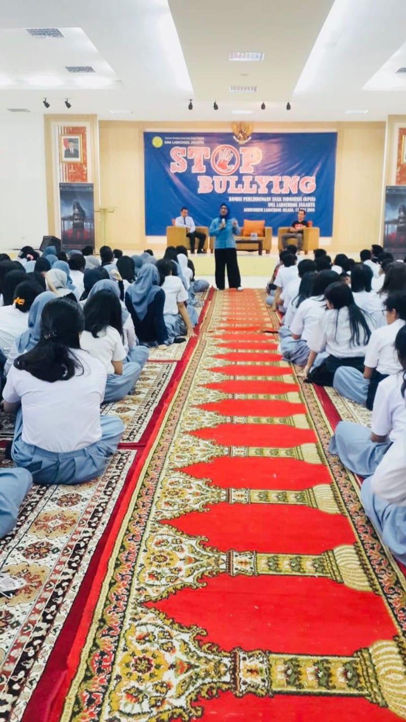 Young Lex Digandeng KPAI Kampanye Setop Bullying Di Sekolah Kumparan