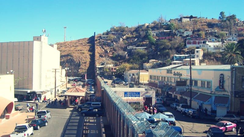 Perbatasan Nogales