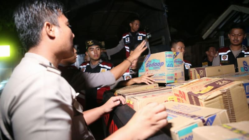 Polres Bogor mengirimkan bantuan korban gempa
