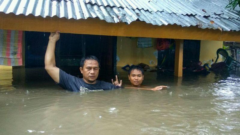Banjir Setinggi 2 Meter Terjang NTB
