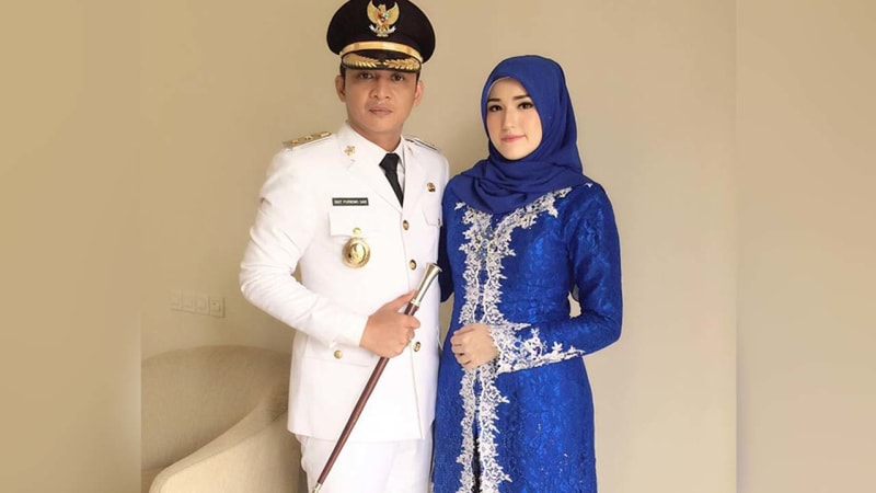 Pasha dan istri