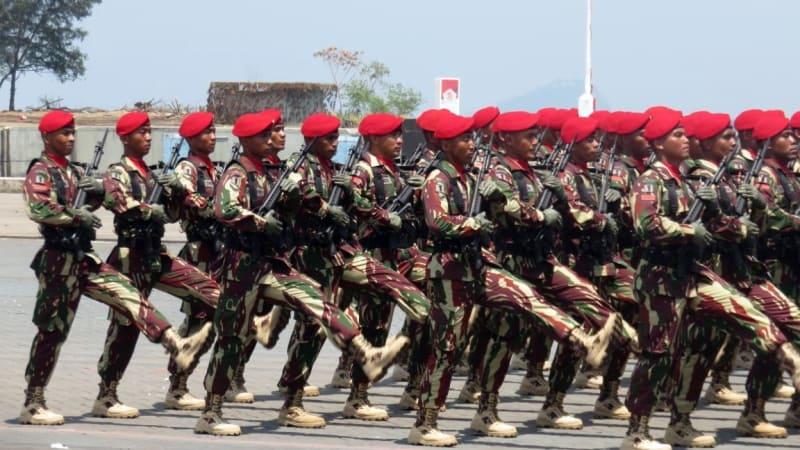 Kopassus di HUT ke-72 TNI