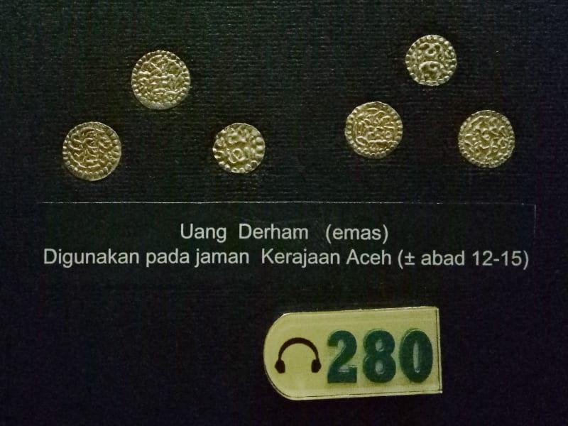 Uang Derham