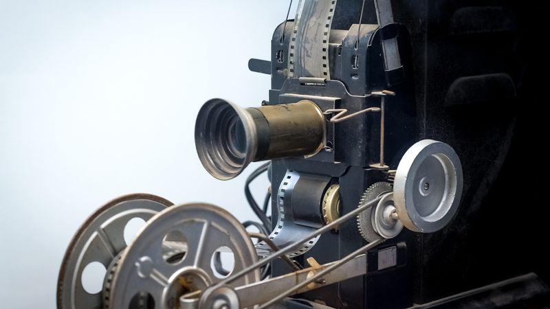 Teknologi pembuatan film.