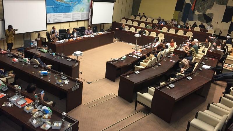 RDP KPU bersama Komisi 2 DPR dan pemerintah.