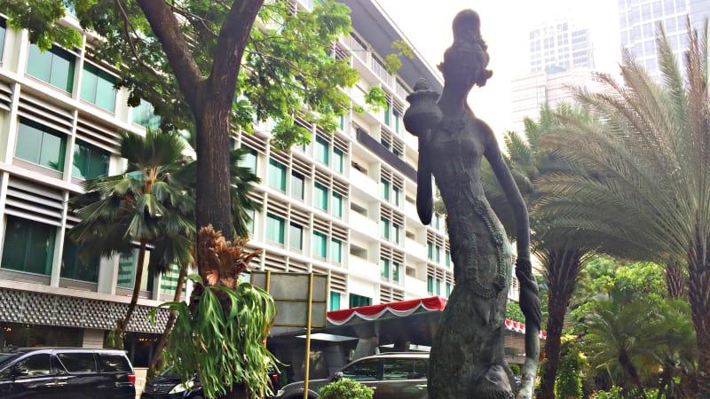 Patung Dewi Sri di Hotel Indonesia