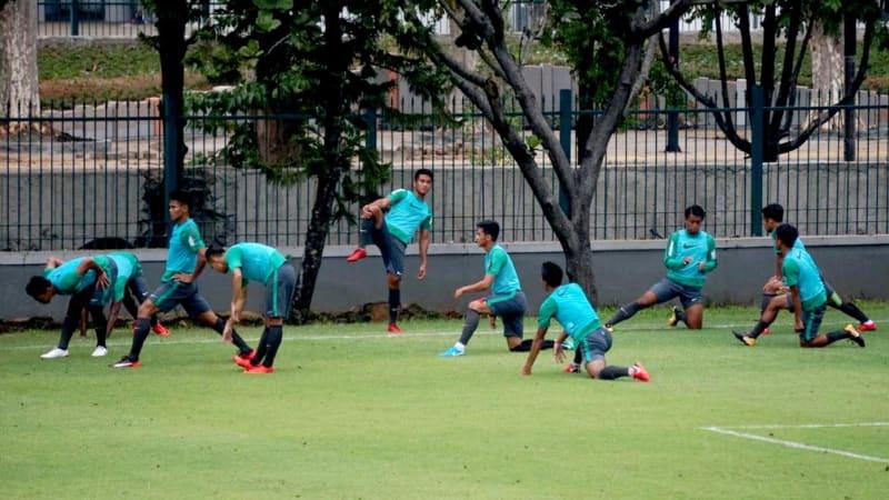 Latihan Tim Nasional di Lapangan ABC, Senayan