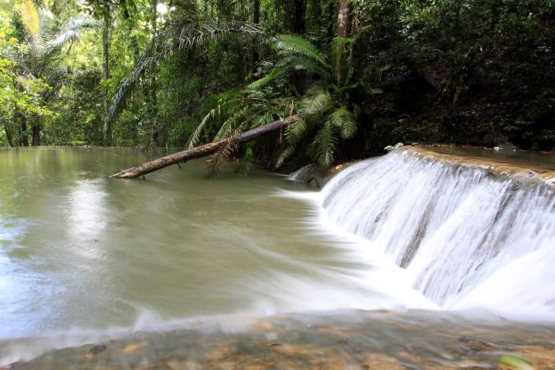 Air Terjun Moramo