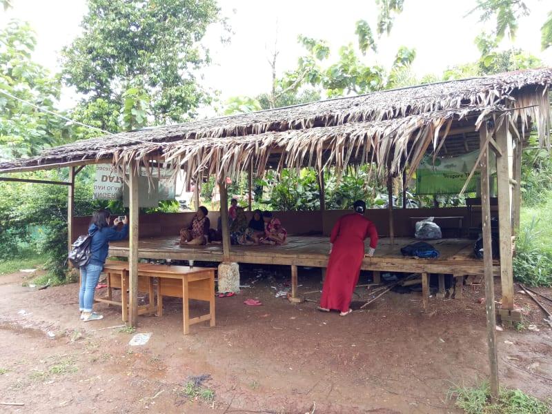 Saung di Kampung Curug, Tangerang