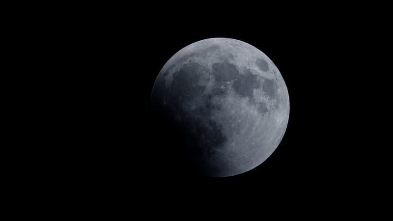 Gerhana bulan total terlihat dari berbagai negara.