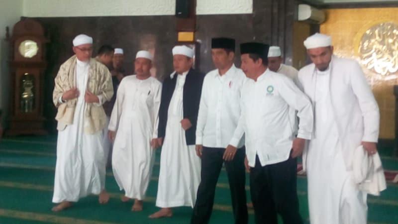 Jokowi bertemu alumni 212 di Bogor