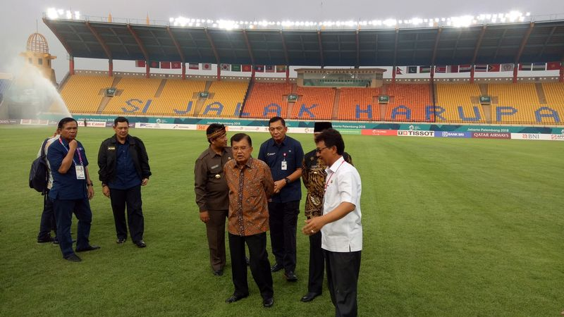 Jusuf Kalla, Stadion Si Jalak Harupat