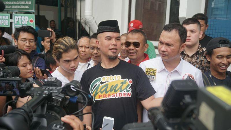 Ahmad Dhani tiba di PN Jaksel