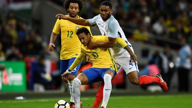 Inggris vs Brasil