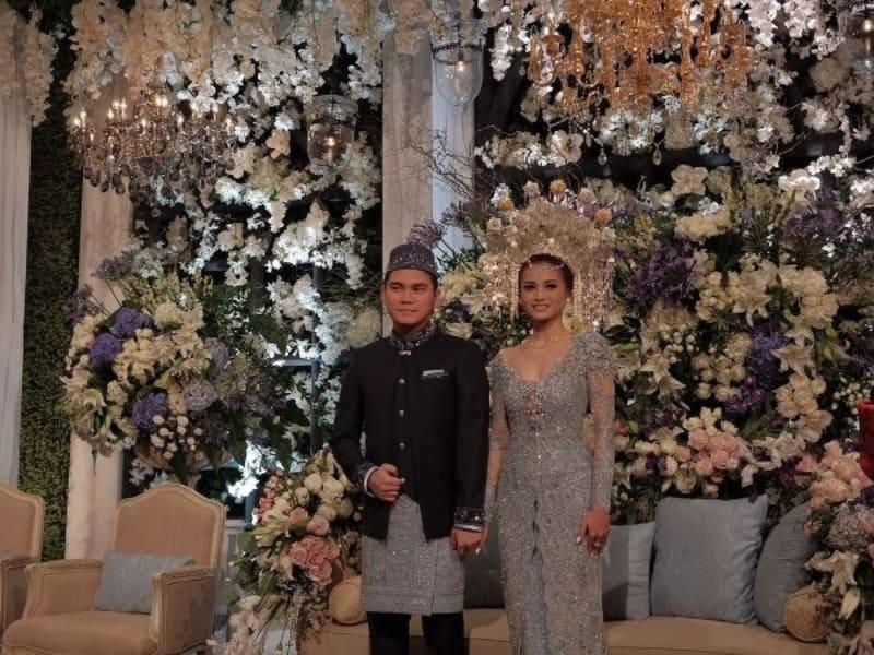 Pernikahan Acha Septriasa dengan Vicky Kharisma