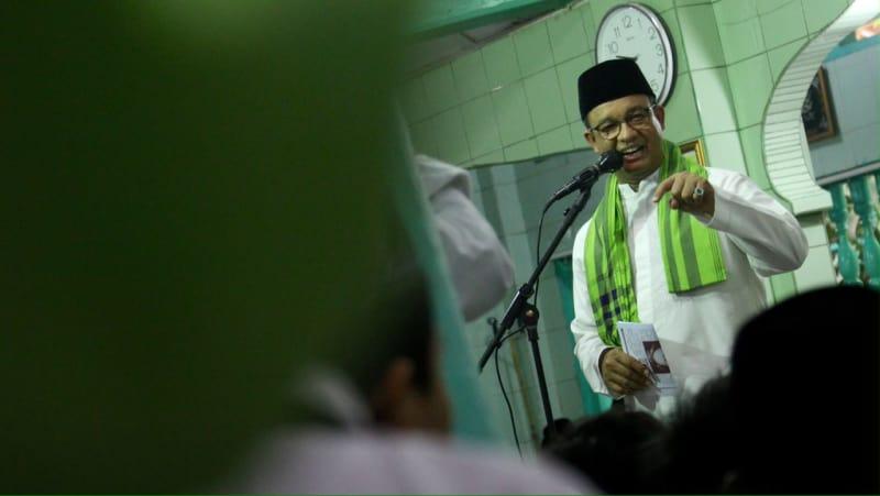 Anies hadiri hari santri di Masjid Jami Al Mansur