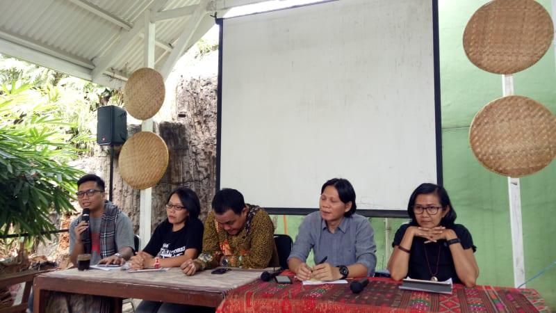 Konferensi Pers Atas Upaya Kasasi Pemerintah Terkait Vonis Karhutla Kalimantan Tengah di Kantor Walhi Jakarta Selatan