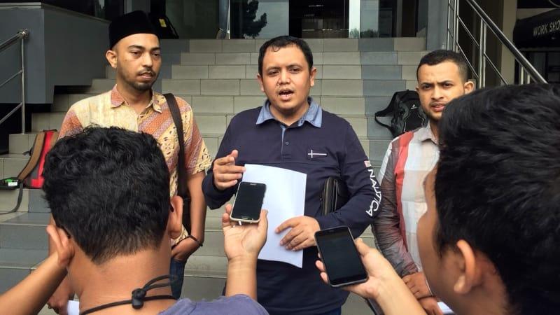 Cyber Indonesia laporkan Amien Rais.