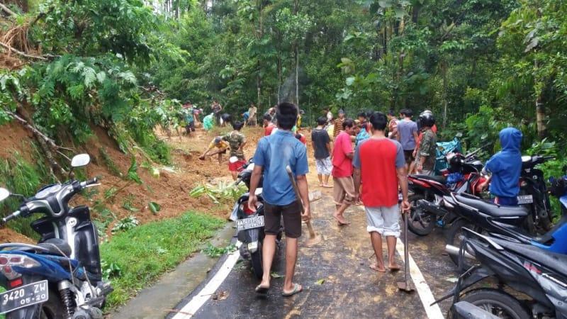 Badai Cempaka di Purworejo