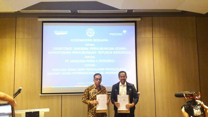 Plt, Diresktur jendral perhubungan udara, Praminto, Dirut Angkasa Pura, Muhammad Awaludin, penandatangan MOU