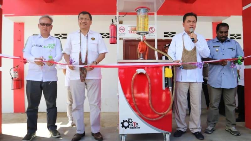 """Peresmian """"BBM Satu Harga"""" di Sorong"""