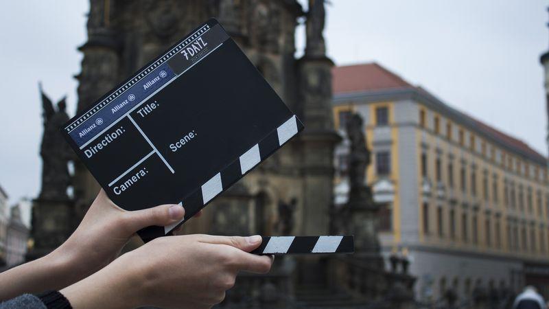 Ilustrasi pembuatan film.