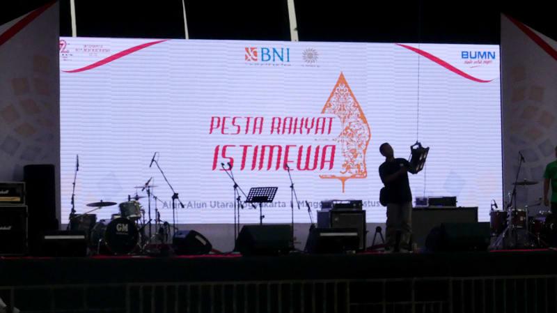 Persiapan Pesta Rakyat Istimewa BNI
