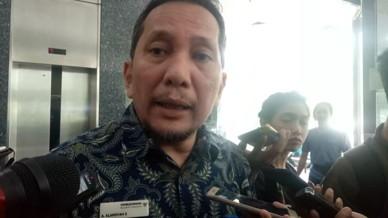 Komisioner Ombudsman A. Alamsyah (NOT COVER)