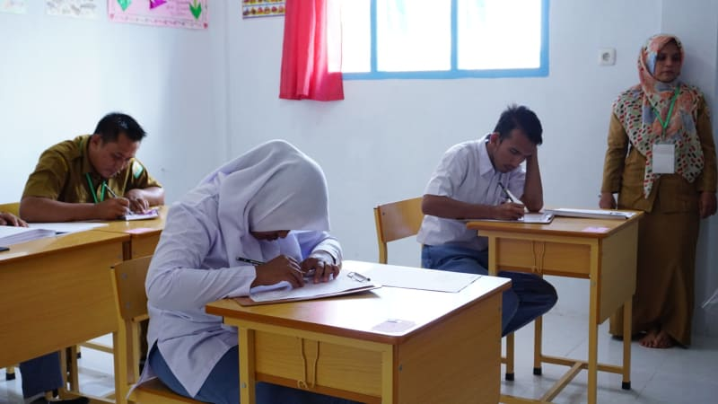 Siswa disabilitas di Aceh ikuti UN secara manual
