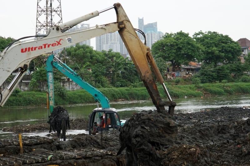 Normalisasi Sungai Banjir Kanal Barat